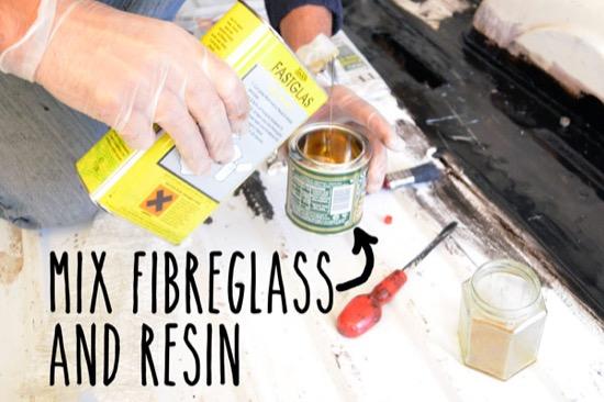 Mixing fibreglass and hardener