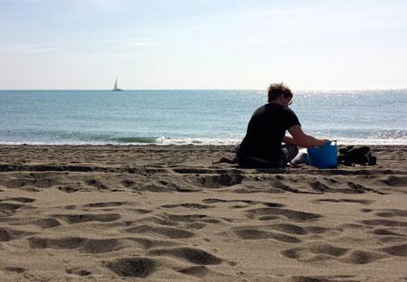 beach-washing
