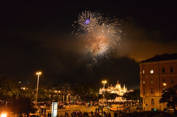 20/8/14 – We arrived back in the city. Loads of fireworks. Sat on wall with beer and bread. Was really nice