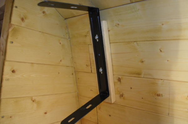 berhinger-1c-wall-bracket