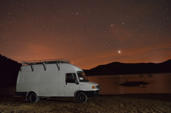 living-in-a-van-highlights-night-sky