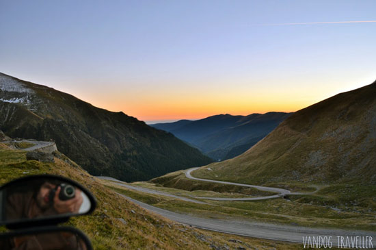living-in-a-van-highlights-sunset-transfagarasan-pass-romania