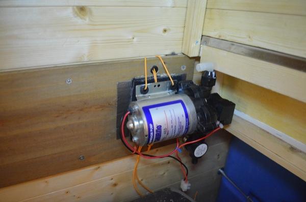 shurflo pump shurflo rv water pump wiring diagram wiring diagram and Shur Flo Diaphragm Pump Wiring at panicattacktreatment.co