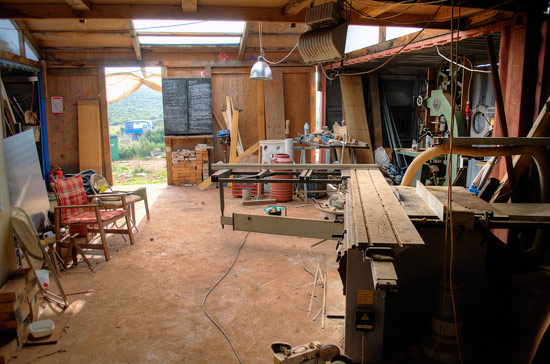 The workshop is fully equipped with everything, to build anything