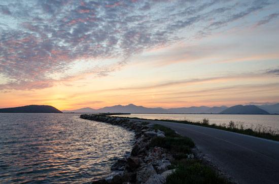 Ambracian-gulf-road-to