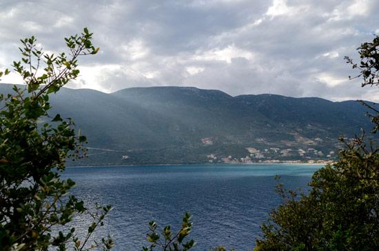 vassiliki-lefkada-light-clouds