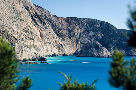 why-I-love-greece-coast