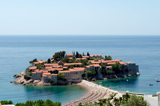 driving-through-montenegro-in-campervan-Sveti-Stefan