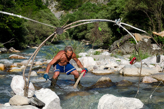 kosovo-river-squat-river-bed-man