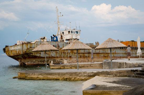 croatia-by-campervan-split-boat-abandoned