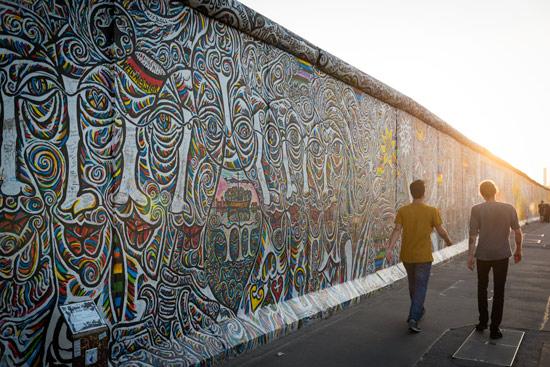 exploring-berlin-wall