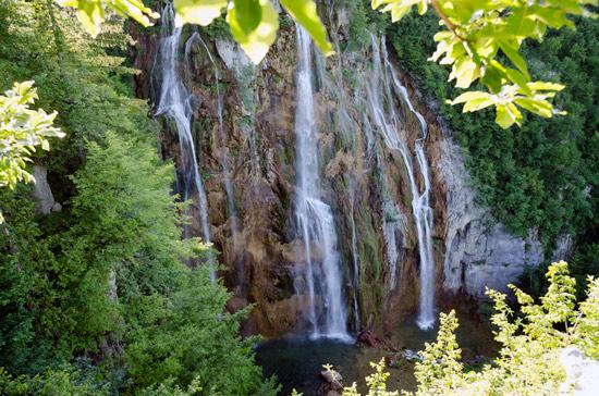 plitvicka-croatia-waterfall