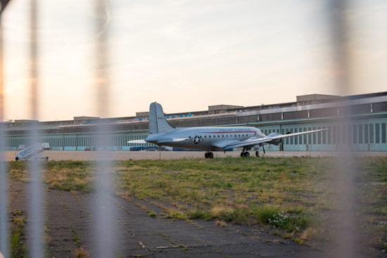 Tempelhof-airport-park-berlin-plane1