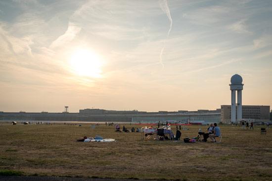 Tempelhof-airport-park-berlin-radar