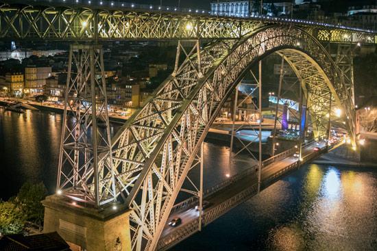 Porto-portugal-by-van-bridge-at-night