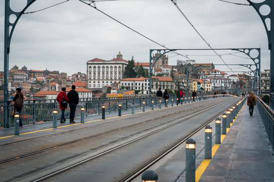 Porto-portugal-by-van-bridge-top-deck