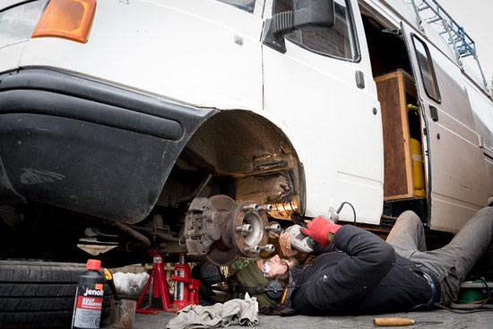 my-time-in-hull-uk-fixing-van
