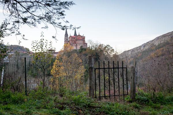 picos-de-europa-covadonga-monastery-hill