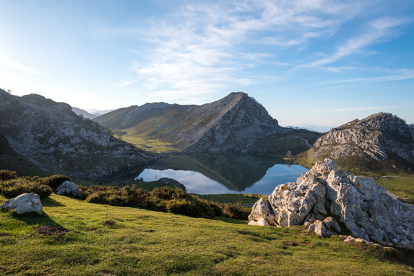 picos-de-europa-glacial-lakes-covadonga-13