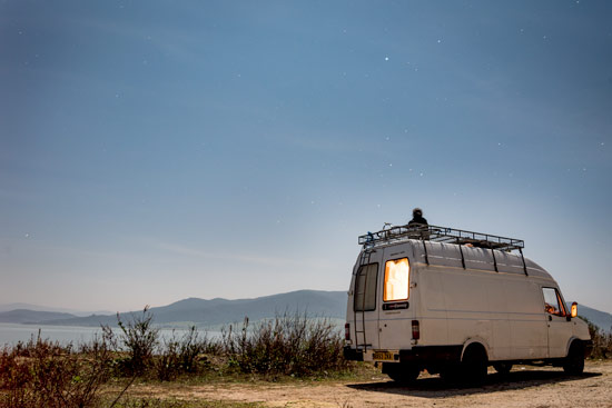 travelling-portugal-by-campervan-by-lake