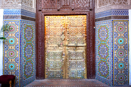 morocco-campervan-marrakech-Zellige-door