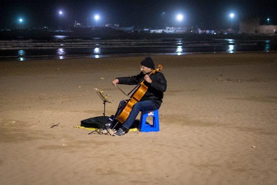 morocco-essaouira-campervan-cello-beach