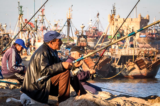 morocco-essaouira-campervan-fisherman