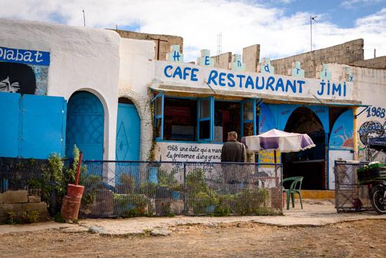 morocco-essaouira-campervan-hendrix-cafe