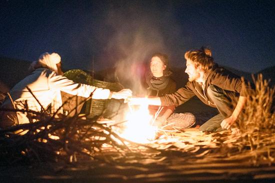 morocco-by-campervan-sahara-desert-tea-fire