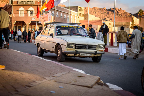 tafraoute-morocco-by-campervan-town-road