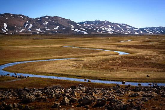 middle-atlas-lake-morocco-campervan-4