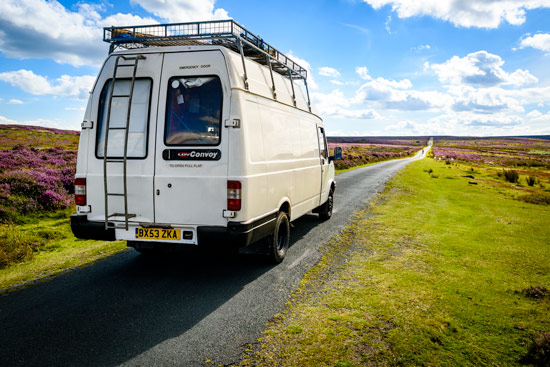 campervan-wildcamping-yorkshire-moors-long-straight-road