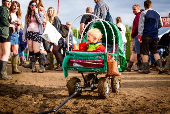 glastonbury-festival-2016-by-campervan-baby-cart