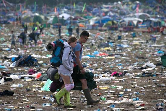 glastonbury-festival-2016-by-campervan-cleanup