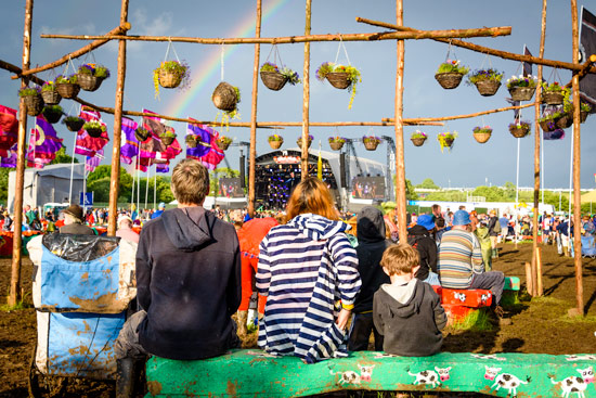 glastonbury-festival-2016-by-campervan-rainbow