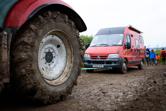 glastonbury-festival-2016-by-campervan-tow-mud