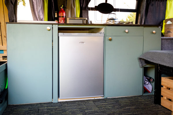 diy-campervan-ford-transit-kitchen-units