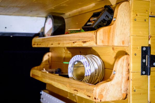 diy-campervan-shelves-from-pallets-3
